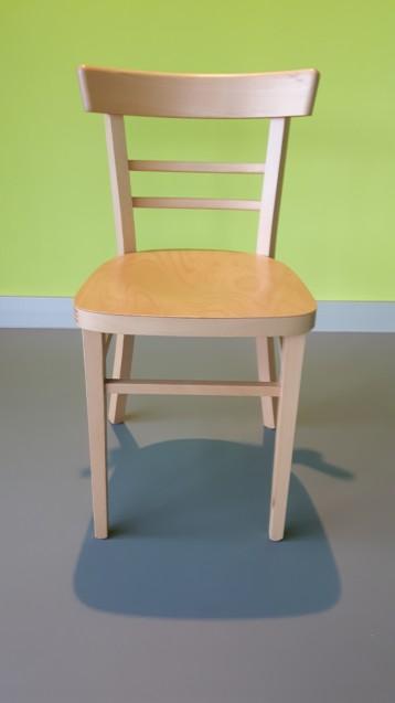 Beispiel-Stuhl für ZCOM Kreativwerkstatt