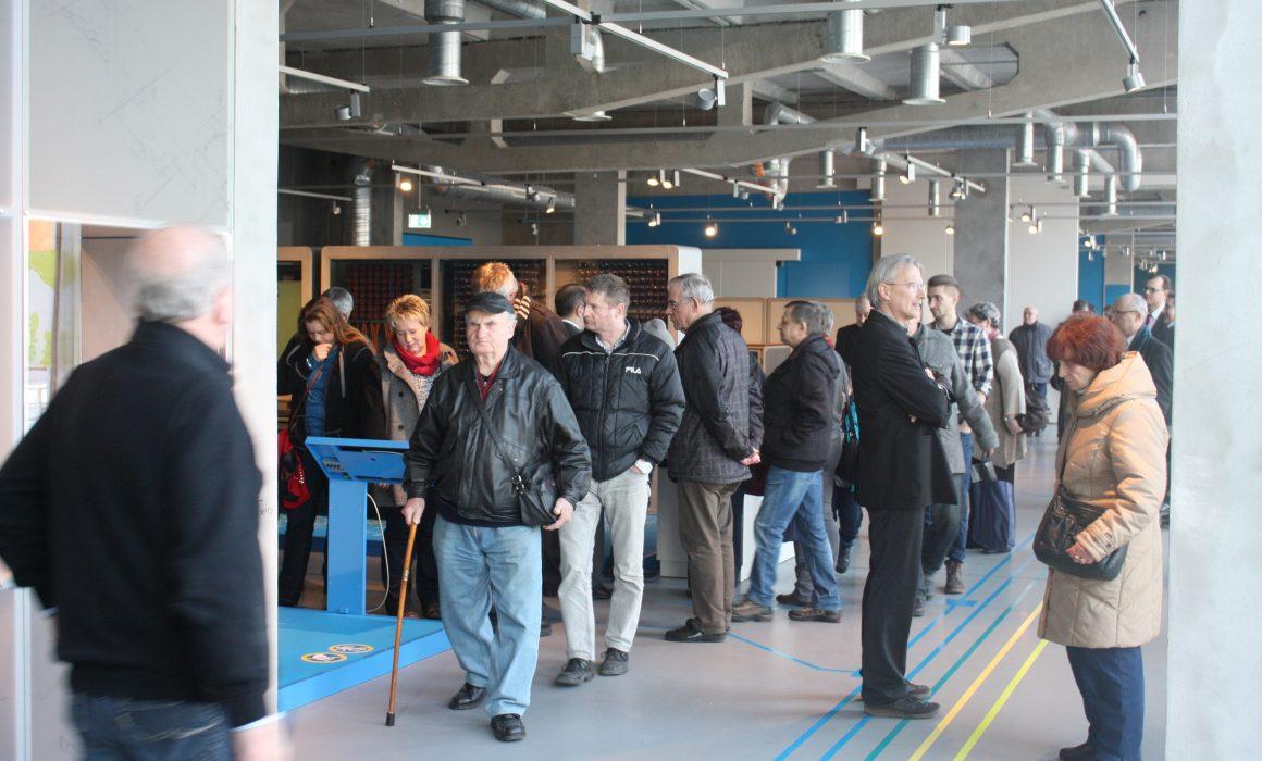 Blick in die Ausstellung zur Eröffnung (Quelle: ZCOM-Stiftung)